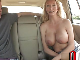 WE PICKED UP THIS SOUTHERN MILF ON XXXPENGUIN.COM