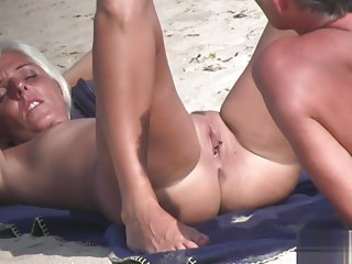 Wet Pussy Horny Nudist Mature Ladies beach Voyeur SPyVideo