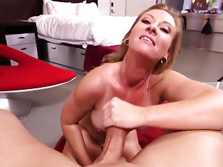 MomPov Harper - Promiscuous woman finally ready for porn E417