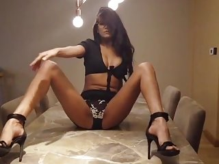 Poonam Pandey Secretary Fantasy Full Video in HD Quality
