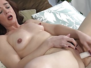 Sweet Matures 07 (Masturbation)