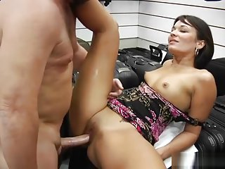 Blowjob sex video featuring Crissy Moon and Hunter