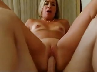 His Friend S Milfy Mom Wakes Him Up - more on sex-free.online